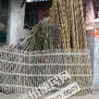 卖东西:晒衣服-用的竹竿 (搬家用)竹梯,和种花用草碳